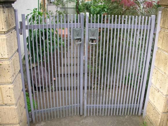 門扉の塗装0717